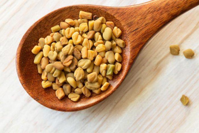 proszek z nasion kozieradki na odchudzanie