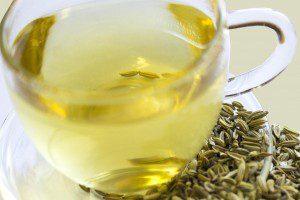 ziołowa herbata z nasion kopru włoskiego